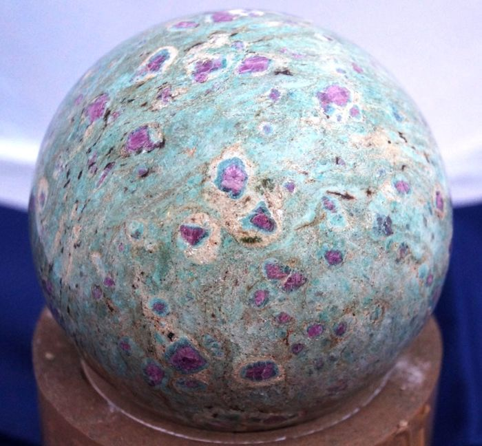 Ruby Zoisite Gemstone Fine Quality Sphere-1.852 Kg - 10.3 mm