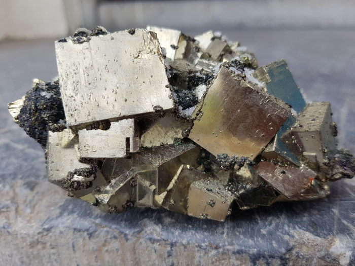 Beautiful pyrite with calcite large crystals - 110 x 80 x 60 mm - 805 g
