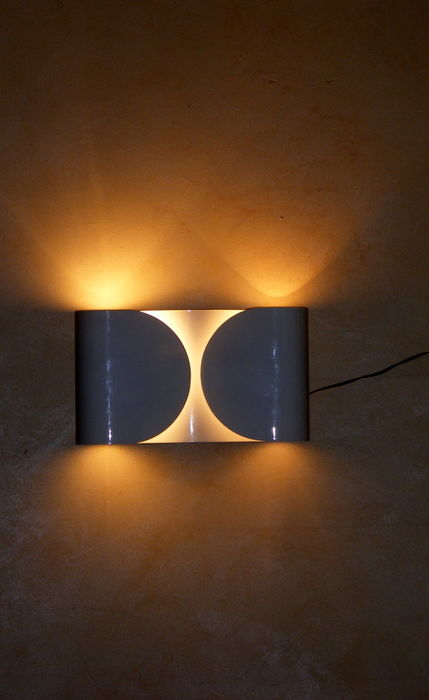 Tobia scarpa for flos foglio wall sconce lot of 2 catawiki tobia scarpa for flos foglio wall sconce lot of 2 aloadofball Gallery