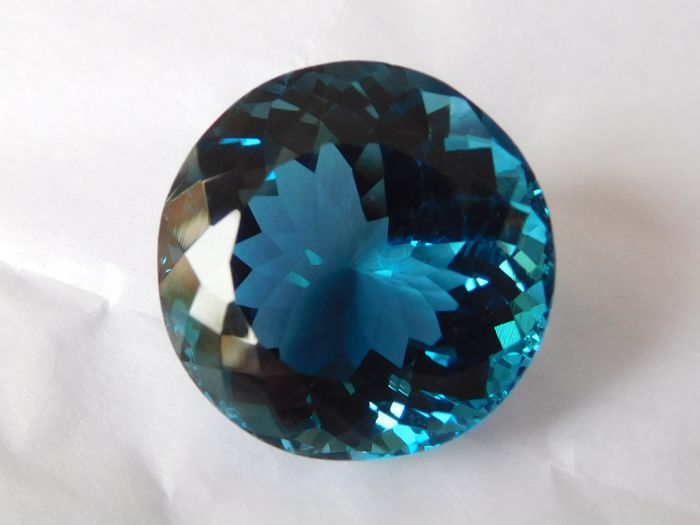 London Blue Topaz - 20.11 ct