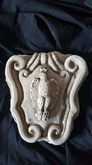 Marble coat of arms with eagle, Italy - 20th/21st century