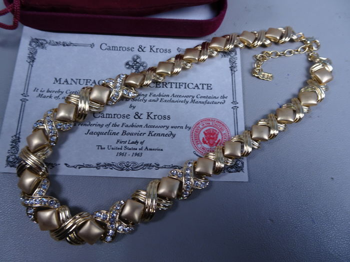 Camrose & Kross - Jackie Kennedy - gold plated necklace with swarovski crystals