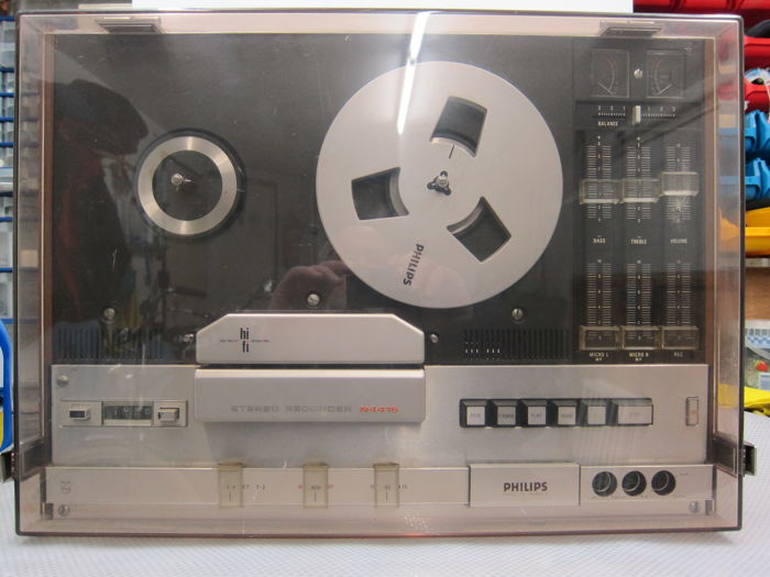 Philips N4416 Reel to Reel Hifi stereo tape recorder with two Philips microphones