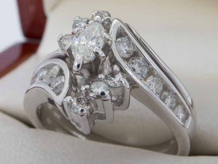 1.11 Ct with 0.25 Ct. Solitaire diamond ring - Vs to I -  **No Reserve price**