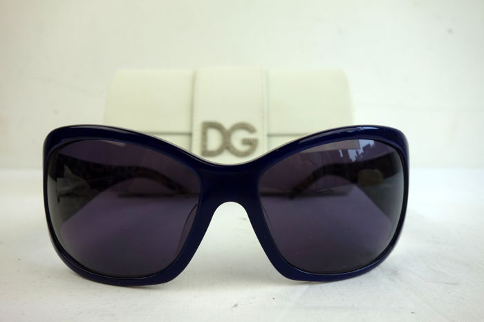 Dolce   Gabbana - sunglasses - with sleeve - Catawiki 2835c8831419f