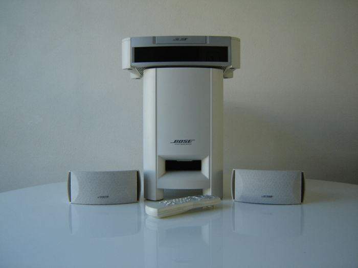 Bose 321 Home Cinema set