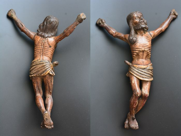 ' Indo-Portuguese Christ Goa in polychrome wood - XVII ° century