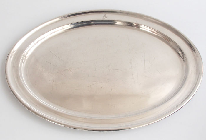 Fine Quality Large Oval Plate By Elkington & Co, England