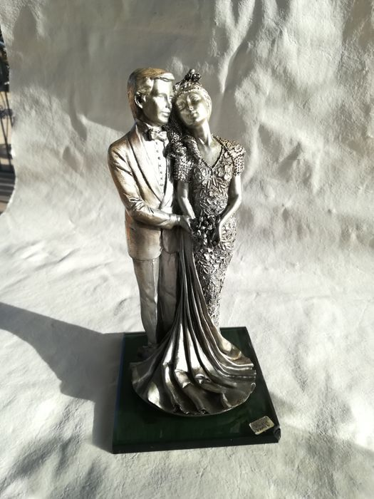 Married couple statue - Victor - Silver plated