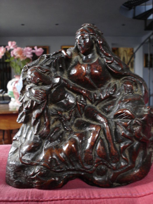 Olive wood pity statue - Tuscany - 16th century