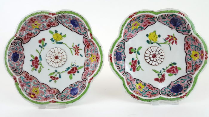 Pair of Family Rose dishes, 18th  Century