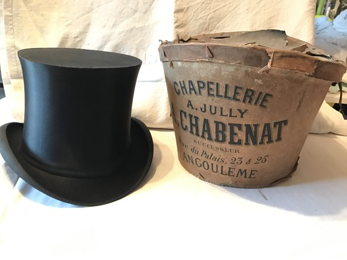 High opera hat, collapsible version, Exposition de Paris 1900/84JP