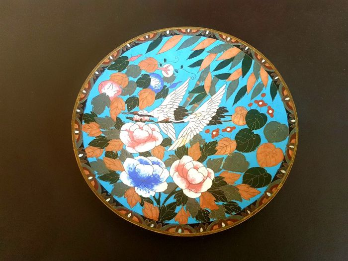 Large cloisonné bowl with cranes and peonies - Japan - circa 1900