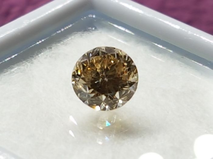 0.85 ct Fancy Brown Diamond VS2