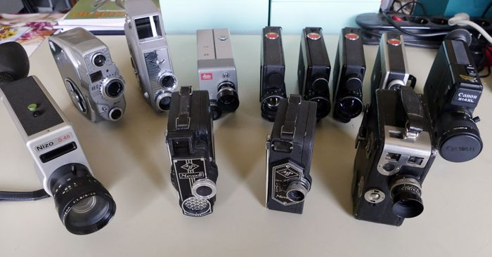 12 pieces small film cameras - (various)