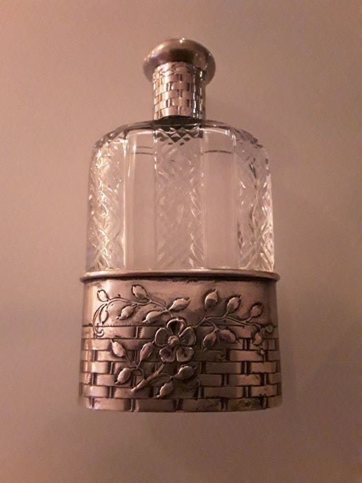 Large Art Nouveau perfume bottle silver crystal glass hallmarked, Germany, 20th century