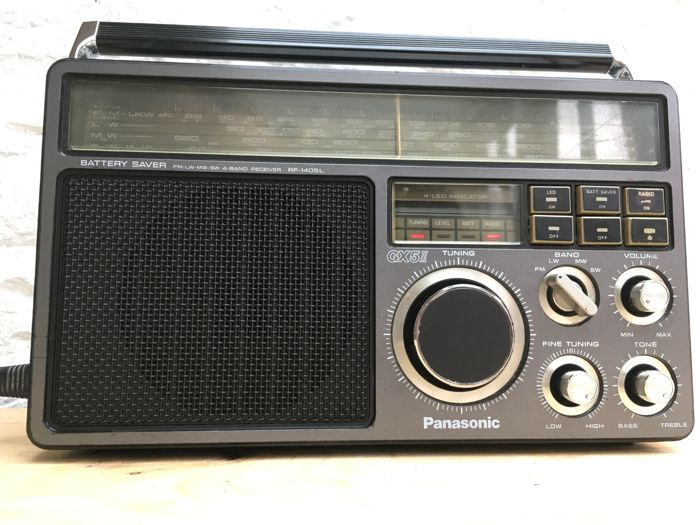 Sublieme Wereldontvanger Panasonic RF 1405L, met battery saver en AFC, een 4 band multi wave, GX5II, uit 1980, Japan.