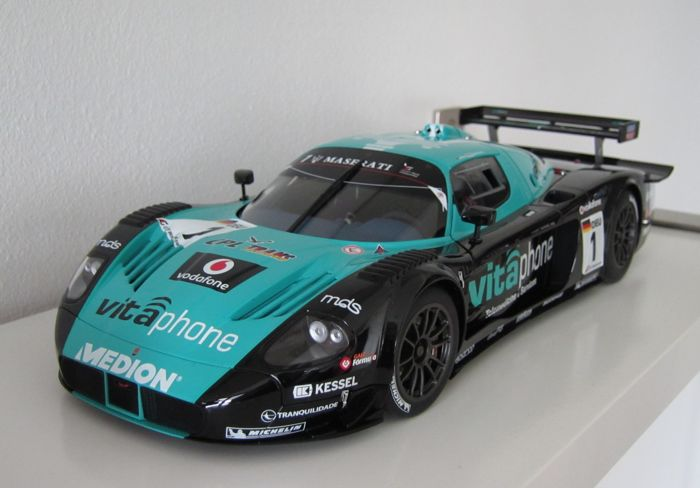 Autoart - 1:18 - Maserati MC12 GT1 - Vitaphone Racing Team for sale  London
