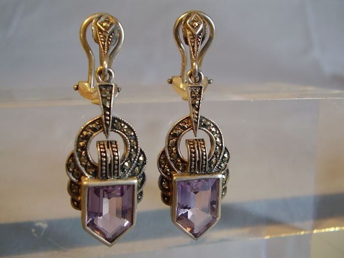 Original Art Deco earrings with 8 ct of faceted natural amethysts and marcasites