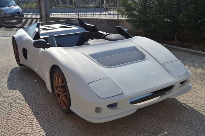 EBM automotive - spyder pininfarina design - 1999