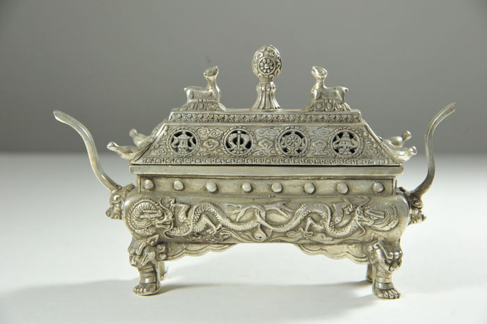 Incense burner with ornaments - China - late 20th century