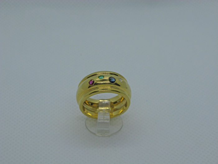18k (750/1000) yellow gold ring 11,7gr set with Sapphire, Emerald, Ruby 0,25ct and diamond 0,02ct - size:53,5 - No free resizing