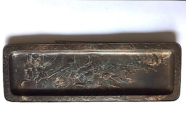 Antique pewter dish - Samurai hunting. - Japan - Late 19th/Early 20th century