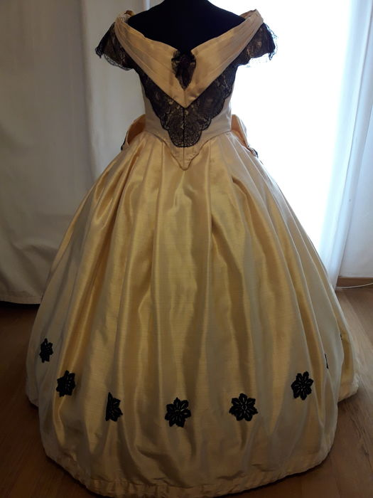 18th century Grand Ball party dress