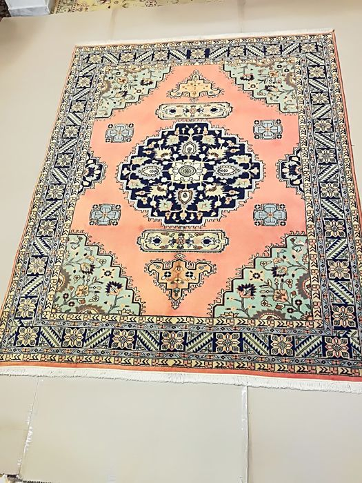 Hand-knotted Persian rug - Ardebil, dimensions: 193 x 242 cm - Iran