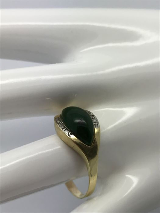 Ring with navette / marquise cut green stone  agate & 2 diamonds