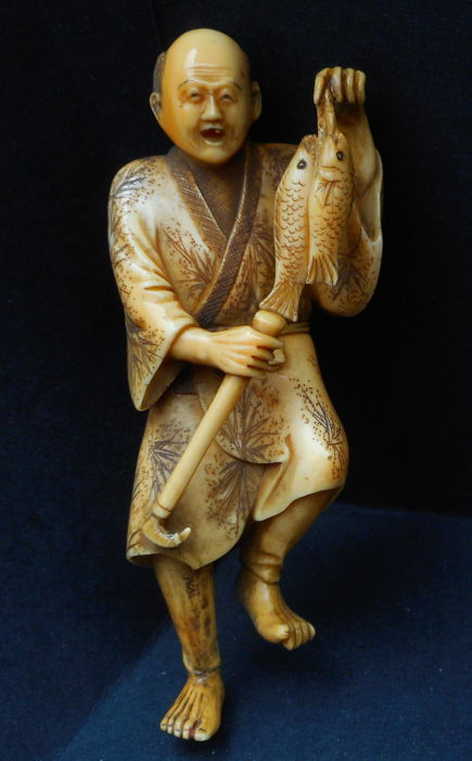 Fisherman Ivory Netsuke - Japan - ca. 1900-1920 (Meiji period)
