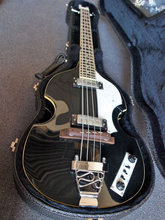 New ChS Beatles Bass McCartney Violin With Croc Shaped Case