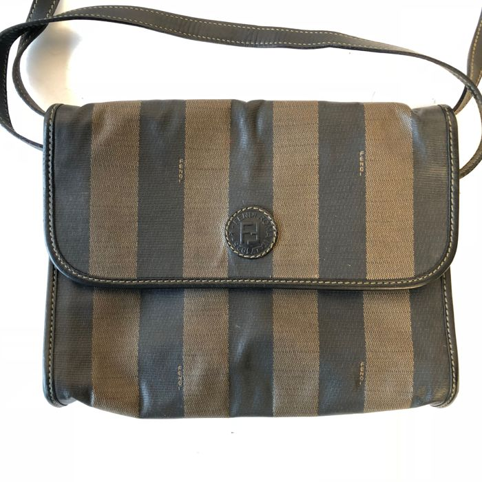 7e4fb43dccb6 Fendi Messenger Bag -  No Minimum Price  - Vintage - Catawiki