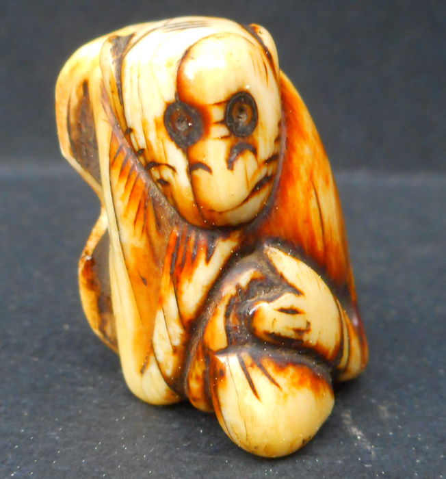 Archaic portraying Monkey Ivory Netsuke Edo period 18th century Japan