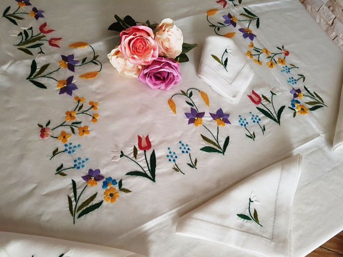 Rich x12 pure linen tablecloth with full stitch embroidery - Linen