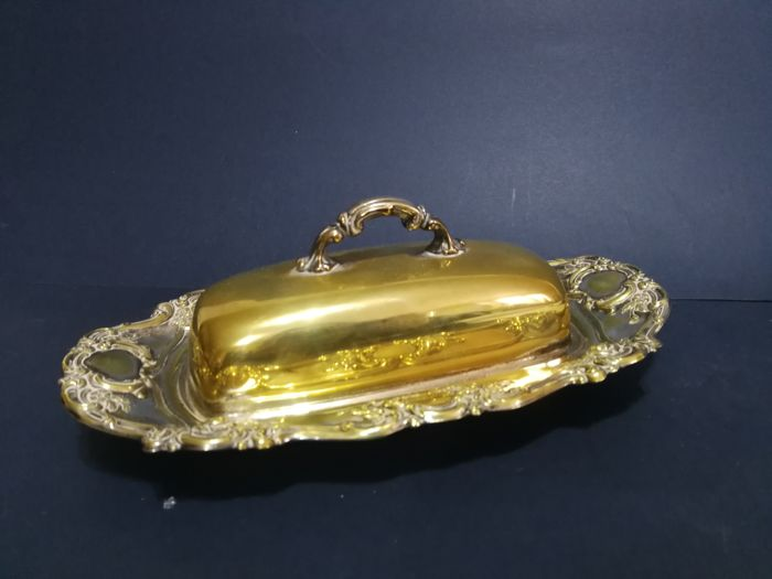 Beautiful silver plated butter dish, richly decorated