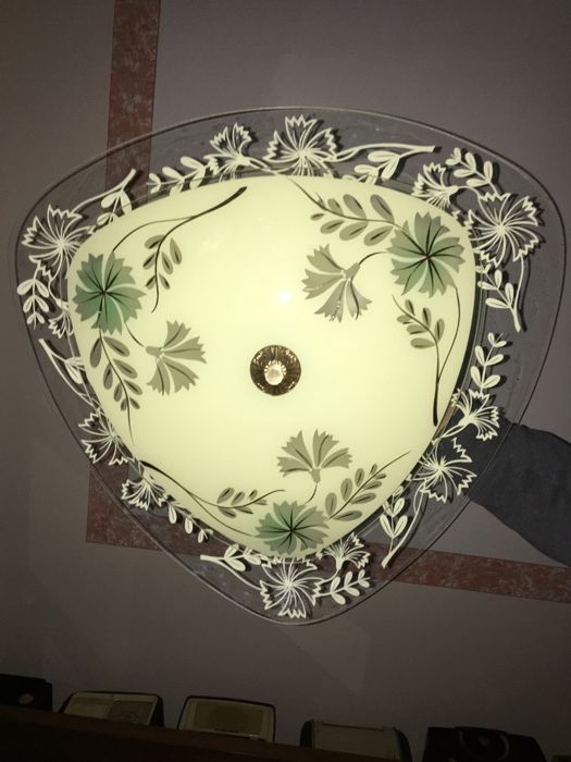 Beautiful double-plated pendant lamp with floral decorations, vintage from the 1950s, all completely original and in working order