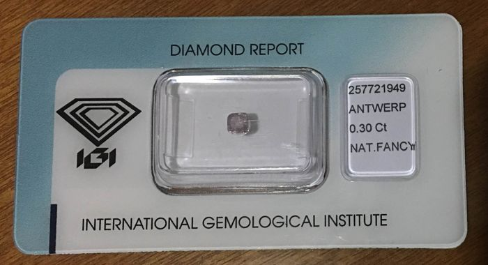 Lot of 3 fancy pink colored diamonds different variants for a total of 0.80ct EXCLUSIVE (LOW RESERVE)