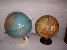 Two special globes with lighting - 2nd half of the 20th century, the Netherlands and Germany, one with a magnifying glass, the other one has a calendar