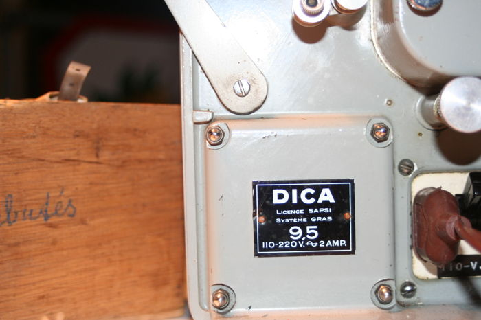 Dica 9.5 mm projector
