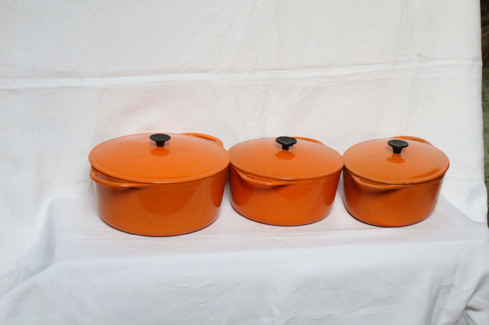 Cousances - 3 cast iron/enamel frying pans - 15.1Kg
