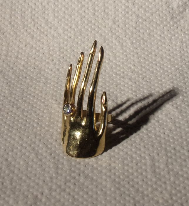 "Designer ring by ""Scorpio"", 750/1000 yellow gold. – EU 52/16.5 US 6. UK L"