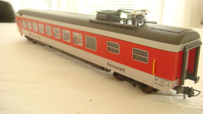 Roco H0 - 44473, 46585 ,46556 ,47698 - Freight carriage, Passenger carriage - FS, NS, SBB-CFF