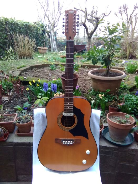 A 12 strings electrified Melody guitar, Italy - 60s/70s - model 1250