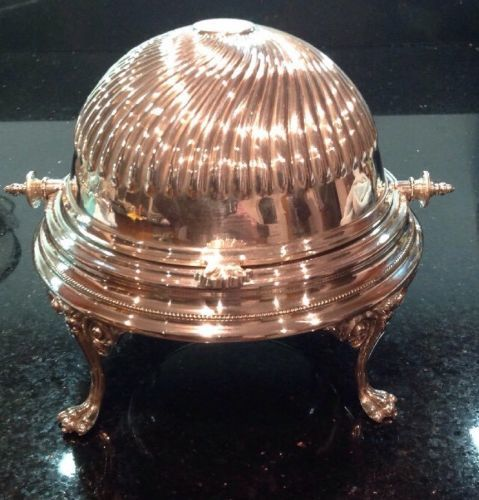 Big roll top caviar dish with grooved decoration - with feet - silver plated