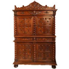Two-piece sideboard made of solid walnut in revival of Louis XIII style France, ca. 1730