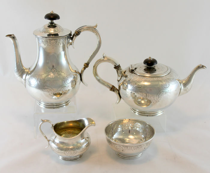 Victorian small bachelor silver tea set, Possibly by Henry Holland - London - 1864