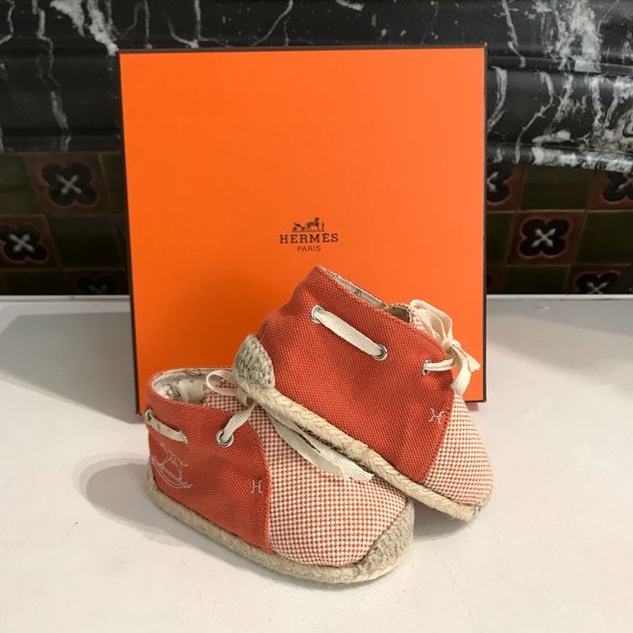 Hermès - Baby shoes - Catawiki d909ad95f4f
