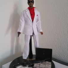 Scarface Statue 1/6 Scale with Bluray Movie
