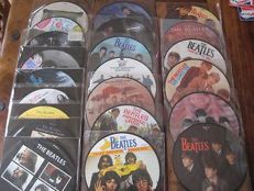 """The Beatles : lot of 18 picture disks on 7"""" inch"""